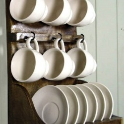 Wall Rack With Cup and Saucers